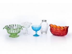 A Set of Five 20th century Art Deco Glassware