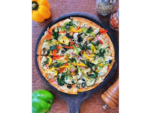 Ciclo Cafe: 6 Months Supply of Weekly Pizza (Veg)